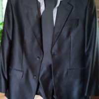 Продам мужской костюм ,рубашка белая короткий рукав и галсту