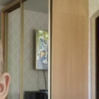 Продам зеркальный шкаф-купе
