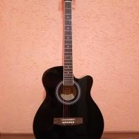 Продам гитару акустическую, новую